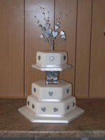 Hexaginal wedding cake